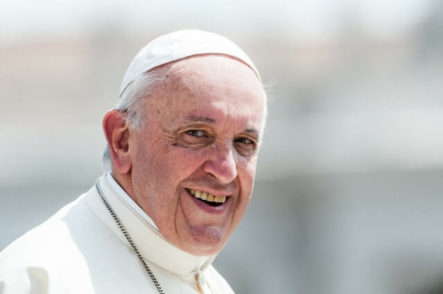 Pope's message to Iraqis before his arrival there Friday